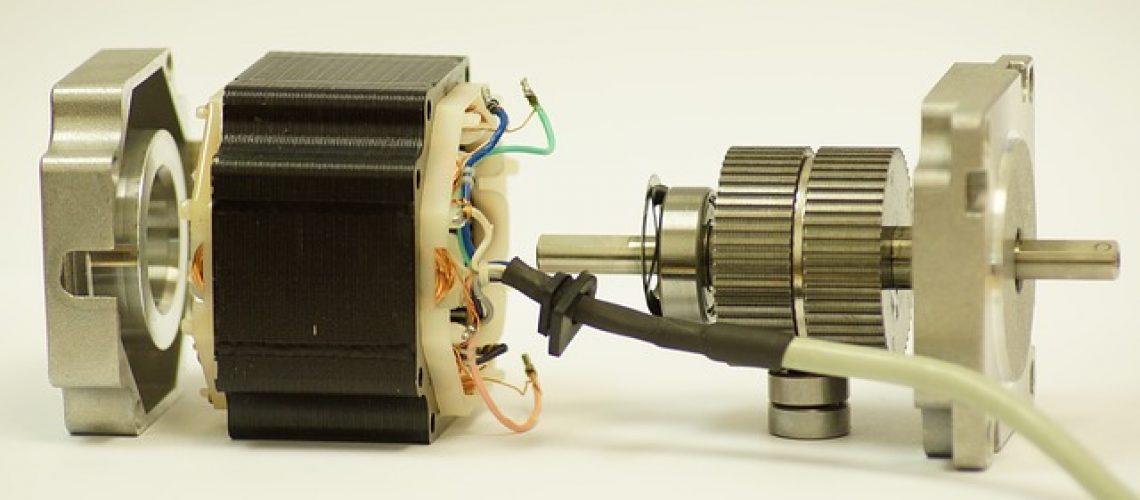 מנוע מברשות לעומת מנוע ללא מברשות